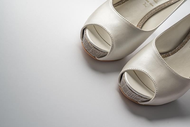 オフィスカジュアルの夏の靴のブログ画像